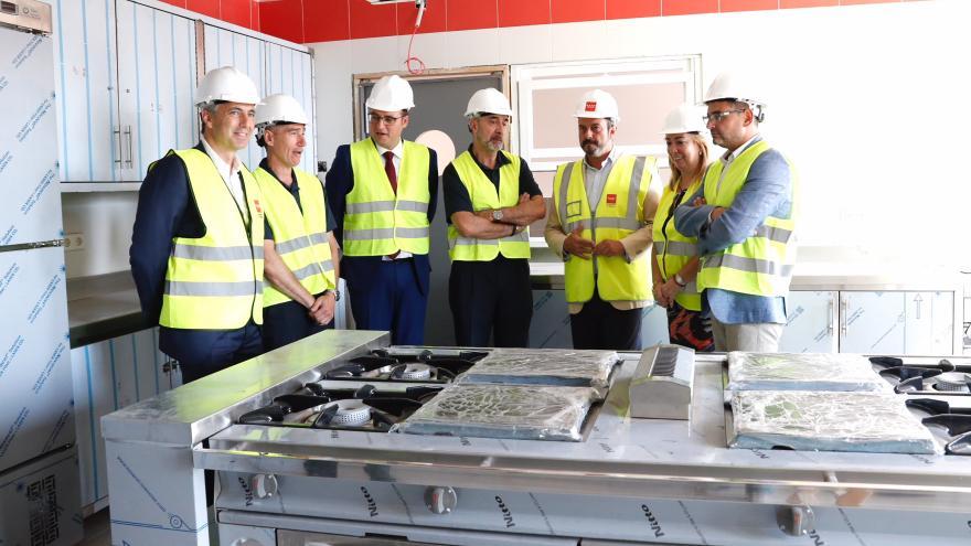 El presidente Rollán visita en Alcobendas las obras del nuevo parque de bomberos que estará operativo a principios de 2020
