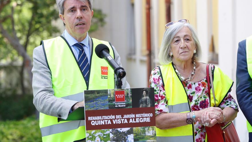 El presidente regional, Ángel Garrido, visita las obras de remodelación de este parque histórico de la capital