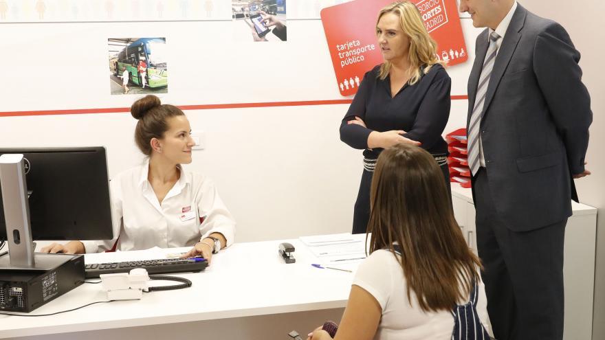 Gonzalo visita las nuevas instalaciones que el Consorcio de Transportes ha habilitado en Méndez Álvaro