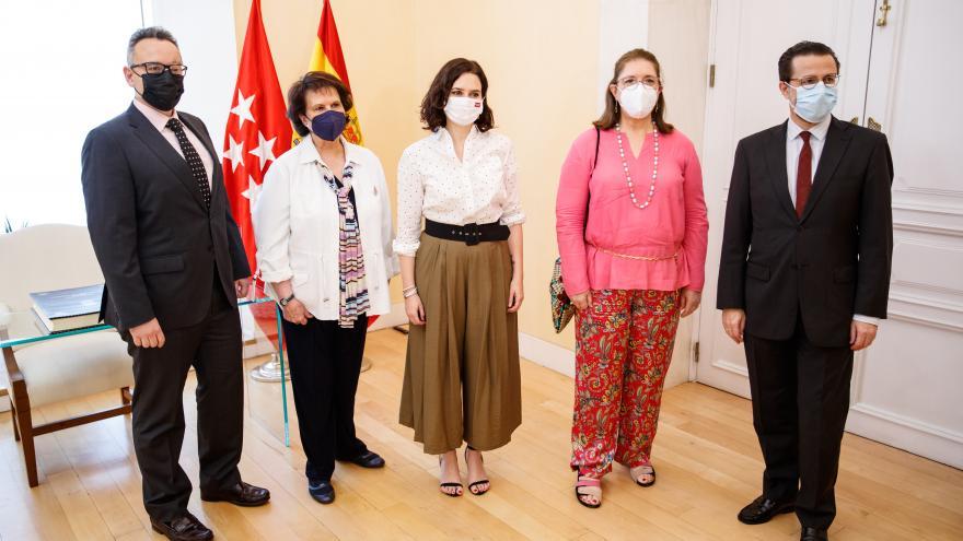 Isabel Díaz Ayuso y Javier Fernández-Lasquetty se reúnen con la Federación Nacional de Asociaciones de Estética e Imagen Personal
