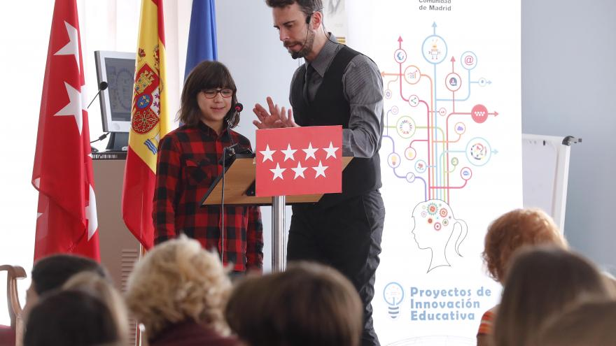 Un momento del acto conmemorativo de la Carta Magna en el IES Ramiro de Maeztu