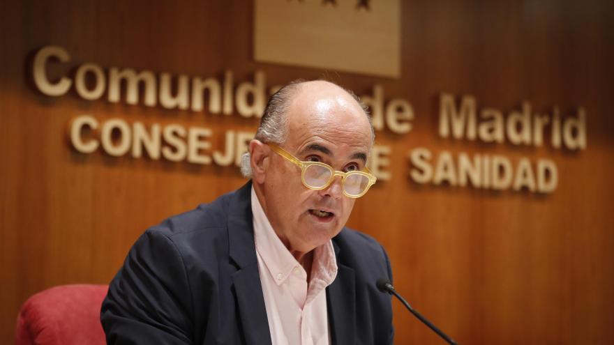 Antonio Zapatero durante la rueda de prensa