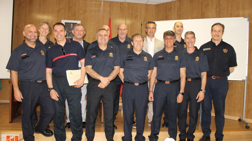 El Gobierno regional entrega los diplomas a los nuevos jefes supervisores de Bomberos de la Comunidad de Madrid