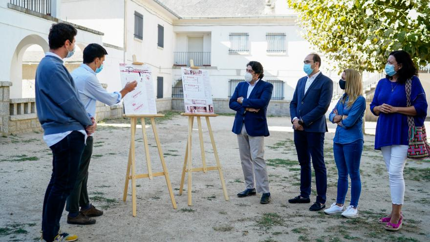 David Pérez visita Los Molinos para conocer las actuaciones del PIR en este municipio