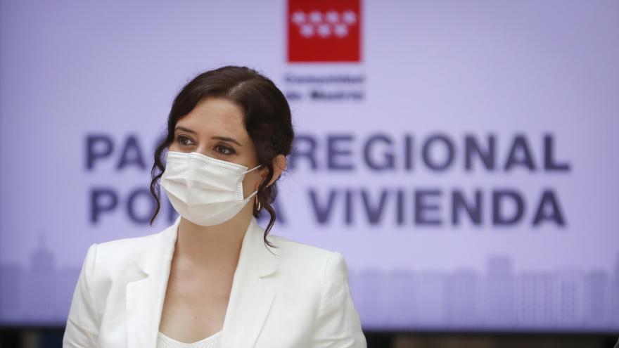 Díaz Ayuso durante la firma del Pacto Regional por la Vivienda