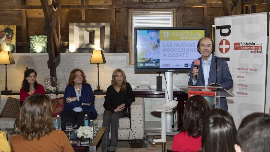 Eduardo Sicilia durante el acto conmemorativo del Día Internacional de la mujer y la niña en la Ciencia