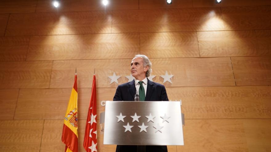 Enrique Ruiz Escudero durante la rueda de prensa