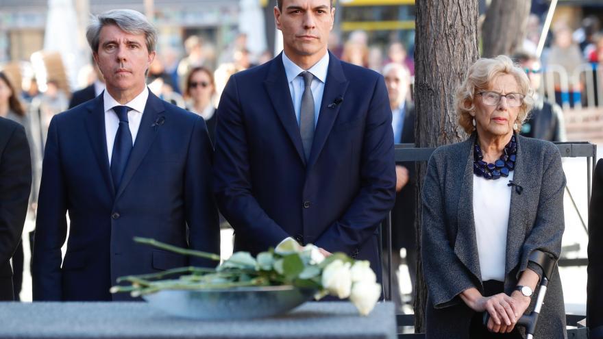 Ángel Garrido, del Presidente de la Comunidad de Madrid; Pedro Sánchez; presidente del Gobierno de España; Manuela Carmena, alcaldesa de Madrid.