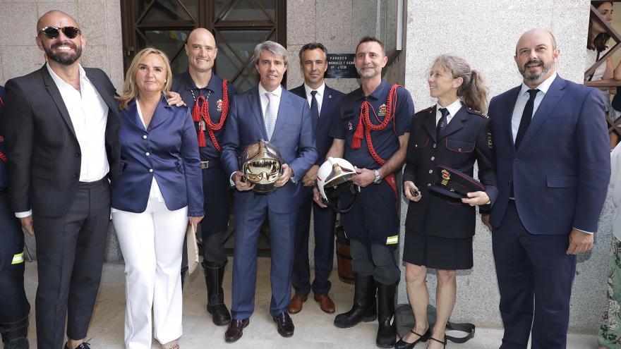 El Presidente Ángel Garrido junto a los miembros de su gobierno en las fiestas de La Paloma