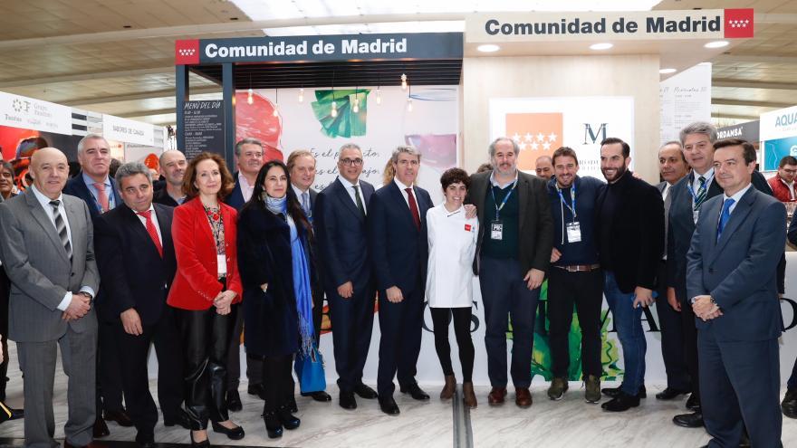 Ángel Garrido con Miriam Hernández embajadora de la Marca de los Alimentos de Madrid M Producto Certificado