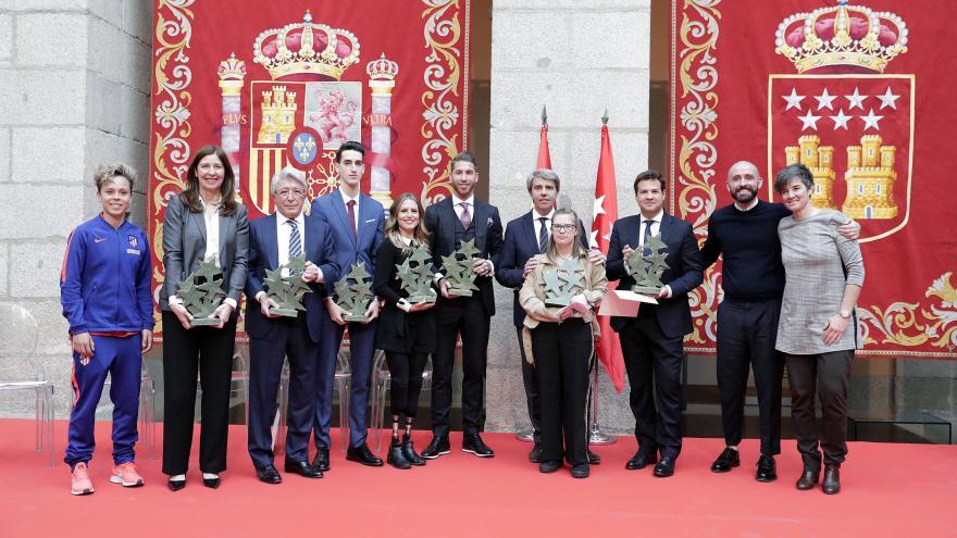 Premios 7 Estrellas