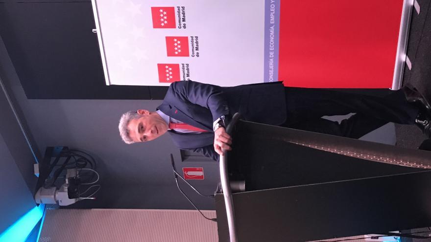 La Comunidad firma un convenio para fomentar el uso de las nuevas tecnologías en las pymes