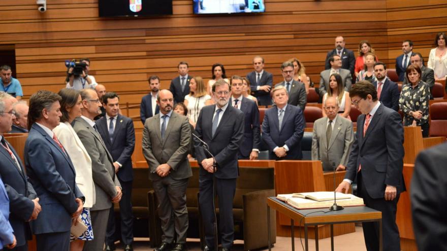 Rollán asiste a la toma de posesión de Fernández Mañueco como presidente de la Junta de Castilla y León