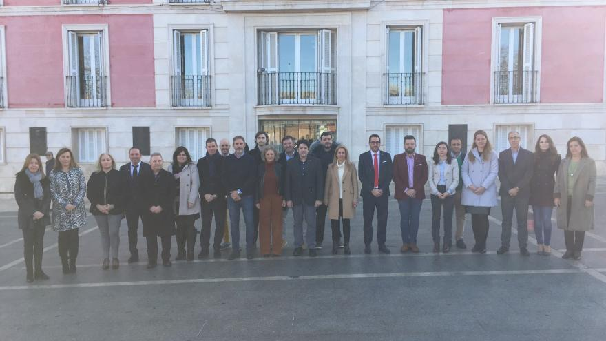 El consejero de Vivienda se ha reunido con los alcaldes del sur