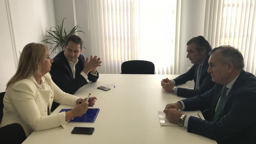 Gonzalo se reúne con el alcalde de Torrejón de Ardoz para hablar de las necesidades que presenta el municipio en materia de transportes