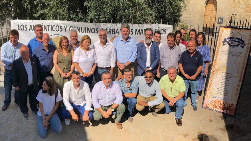 El consejero Carlos Izquierdo ha asistido a la presentación de la nueva cosecha en Colmenar del Arroyo