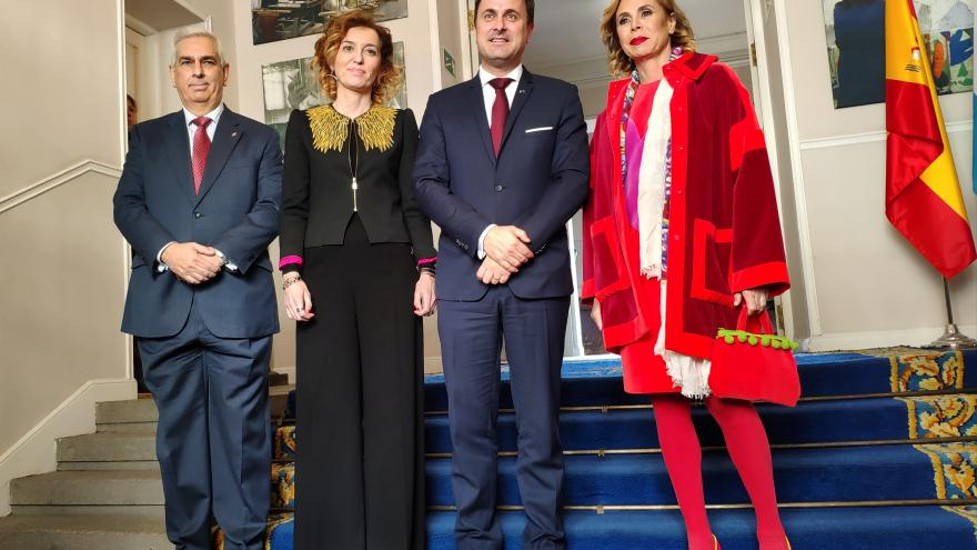 La directora general de Promoción Cultural, María Pardo, junto a otras personalidades