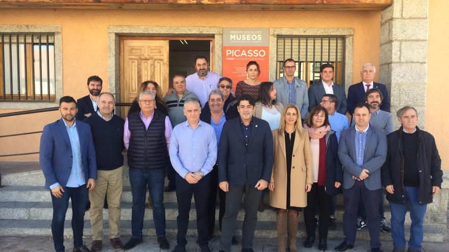 David Pérez, ha analizado con los alcaldes las principales actuaciones del Plan de Inversión Regional