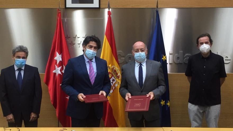 Estudiaremos las posibles mejoras del suministro eléctrico en la Cañada Real Galiana