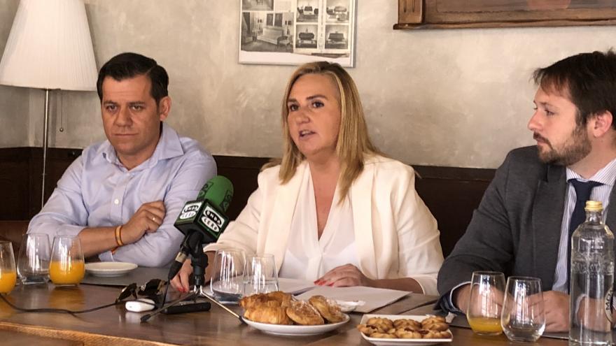 Gonzalo visita Alcalá de Henares para dar cuenta de las actuaciones de la Consejería de Transportes, Vivienda e Infraestructuras