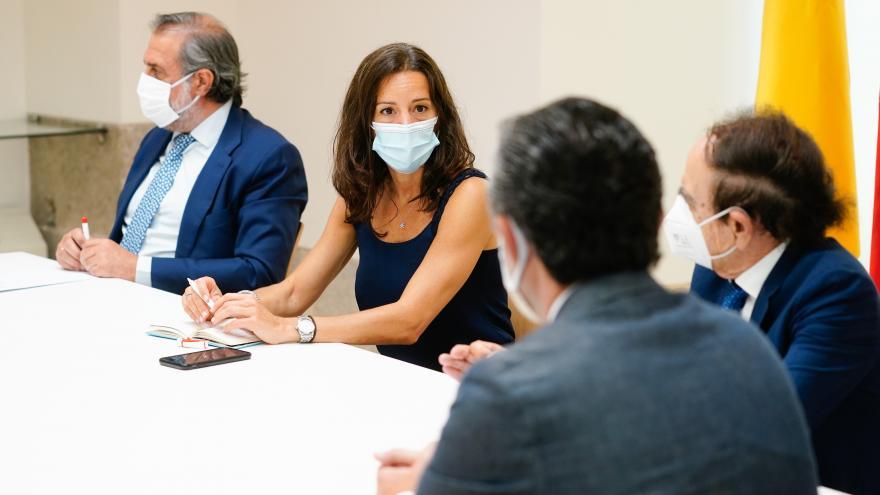 Eugenia Carballedo durante la reunión