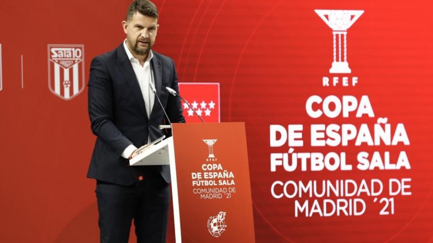Roberto Nuñez en el sorteo de la Copa de España 2021