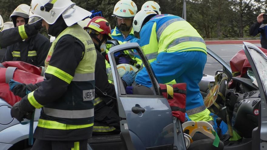 prácticas de cuerpos de emergencias en coordinación en accidentes de tráfico