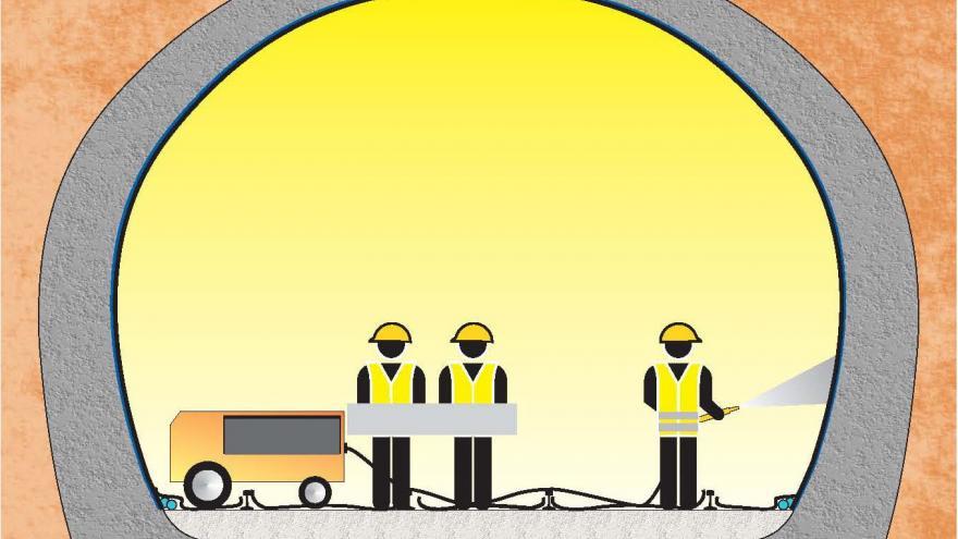 Consolidación del túnel, Fase 10 retirada de repiés y proyeccción de hormigón manualmente