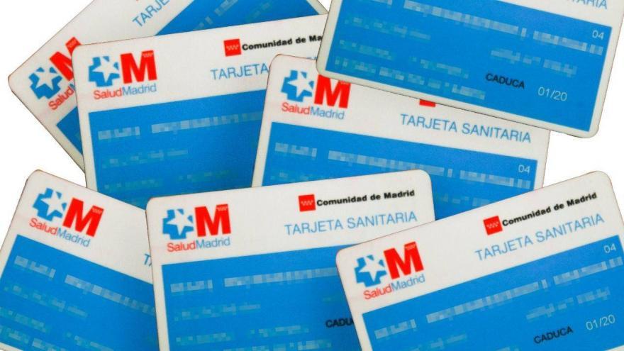 imagen varias tarjetas sanitarias comunidad de madrid