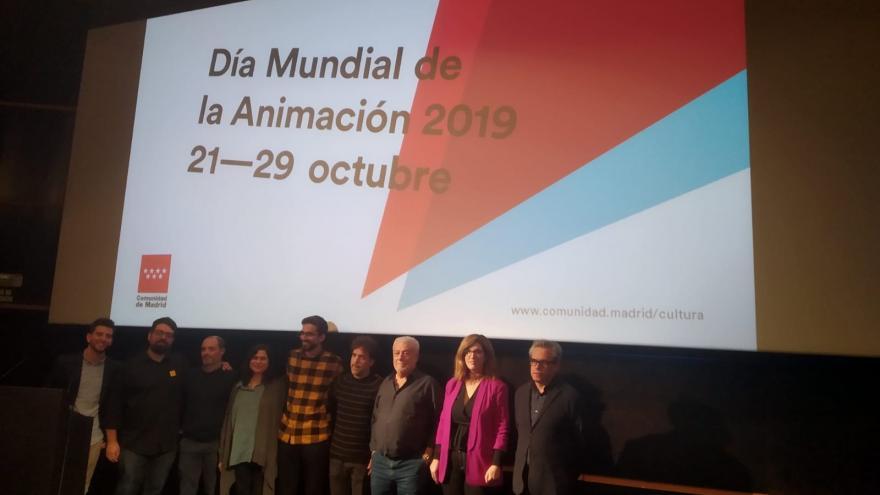 Posado de los premiados en la gala de animación