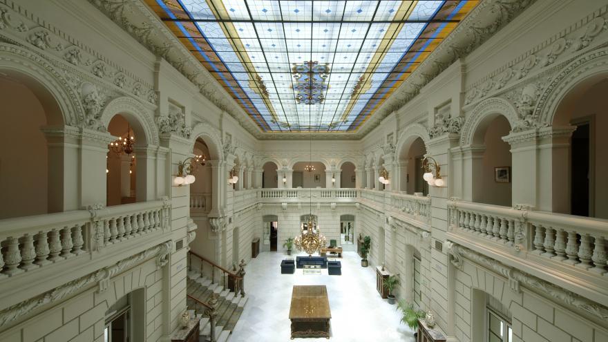 Imagen del techo del Palacio de Fontalba