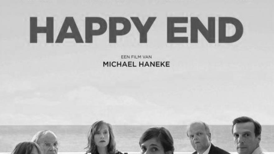 cartel de la película Happy End en la que se ven a los actores sentados comiendo en una mesa