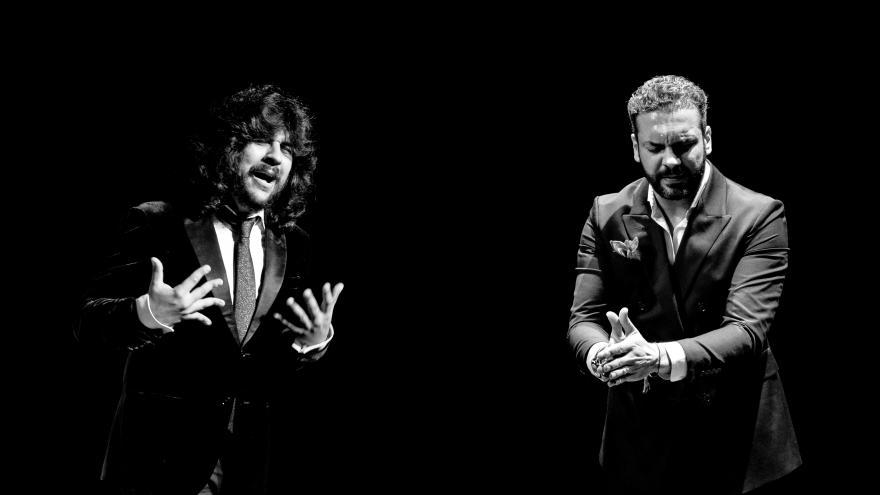 imagen de Jesús Méndez y Rancapino Chico cantando