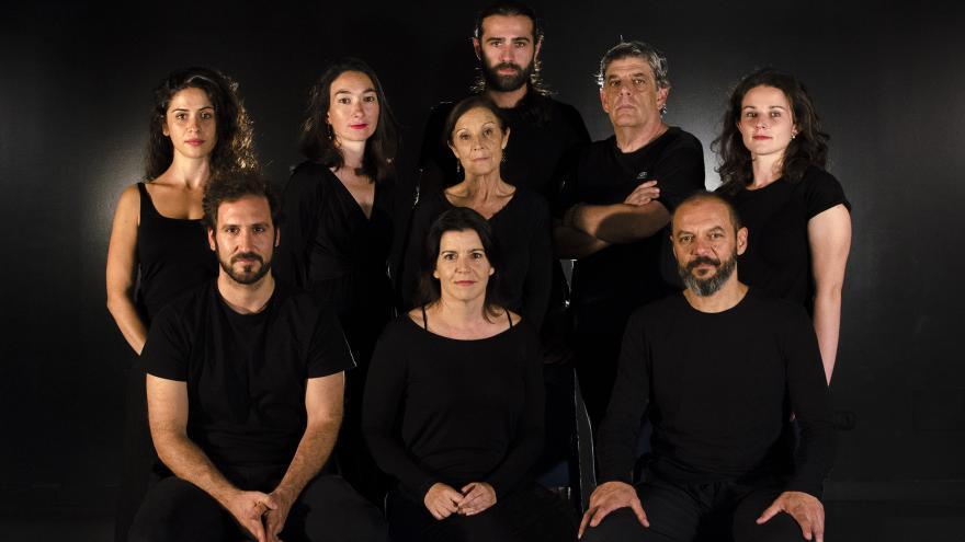imagen en la que posan todos los actores de la función Mariana Pineda
