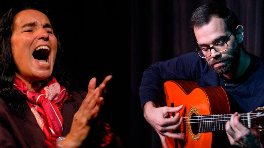 imagen en la que se ve a un cantaor y a un guitarrista