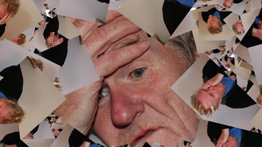 Montaje imagenes hombre mayor