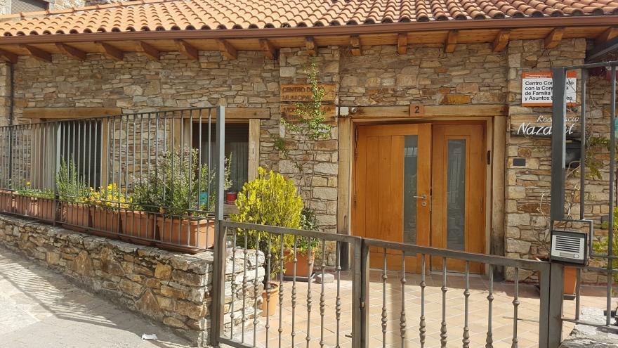 Fachada residencia para personas mayores