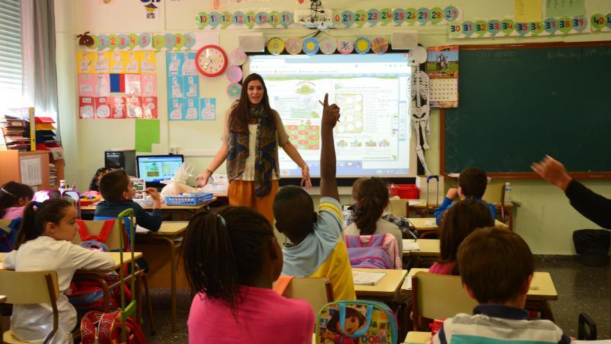 Clase en un colegio de Enseñanza Primaria. Programa bilingüe de la Comunidad de Madrid