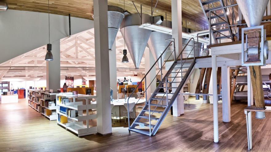 Biblioteca Regional segunda planta