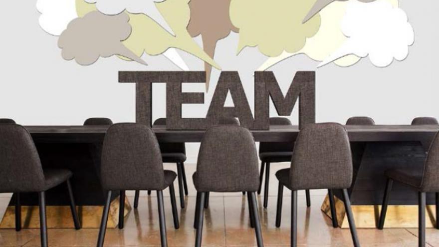 Imagen mesa y silla
