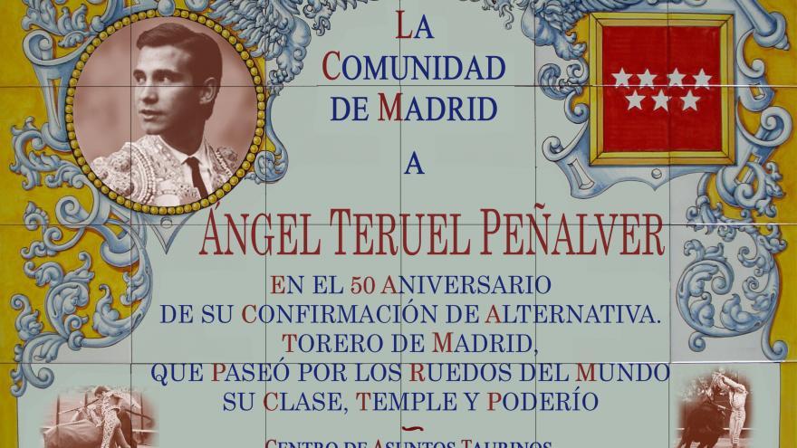 Azulejo en honor del torero Ángel Teruel