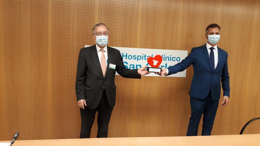Entrega del galardón al Hospital Clínico