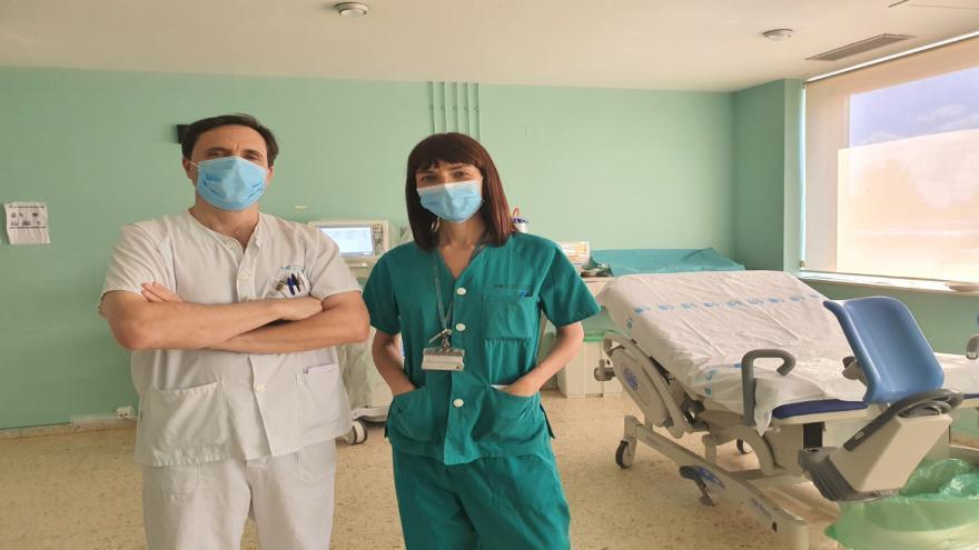 doctores en paritorio
