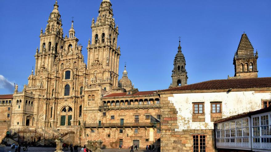 Imagen de la Plaza del Obradoiro con la Catedral al fondo