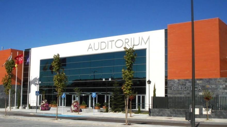 Fachada del auditorio municipal de arroyomolinos