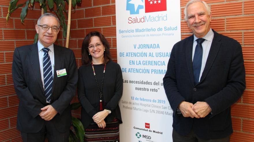 Jose Soto, gerente del H.Clínico San Carlos, Marta Sanchez Celaya, gerente de Atención Primaria y Antonio Alemany, director general de Coordinación de asistencia Sanitaria