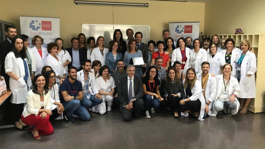 """El Centro de Salud Los Alpes recibe su placa """"Best In Class"""" como mejor centro de salud de España"""