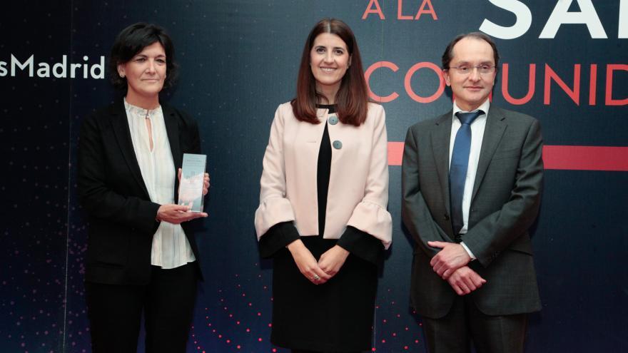 El director general de Salud Pública, Juan Martínez junto con la jefe del Servicio de Evaluación e Investigación, Ana Ruiz Bremón
