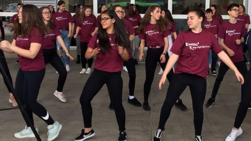 Flashmov realizado por alumnos de 3º de la ESO en el Hospital del Henares