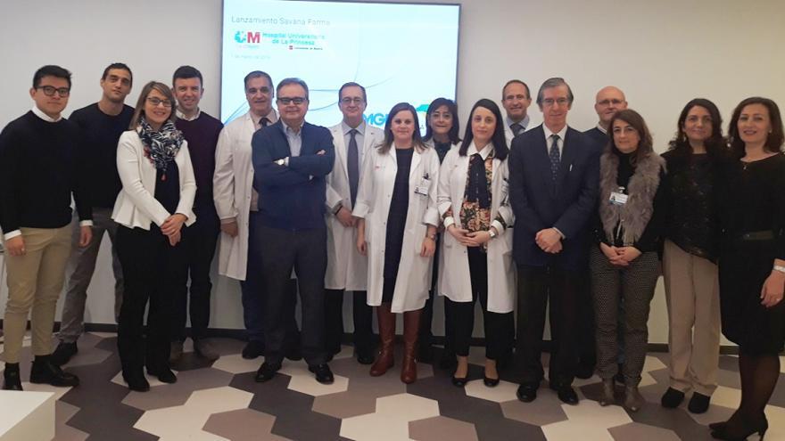 Foto de grupo de los participantes en la implantación del proyecto Savana en el Hospital de La Princesa